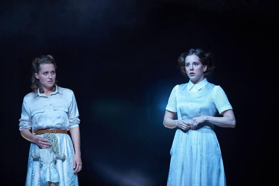 MARY WARREN, Hexenjagd, Theater Koblenz, 2017/18 – mit Dorothee, Magdalena Pircher