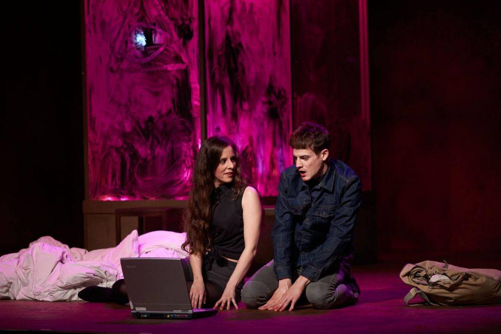 NATHALIE, Moskitos, Theater Koblenz, 2019 – mit Magdalena Pircher, Ian McMillan