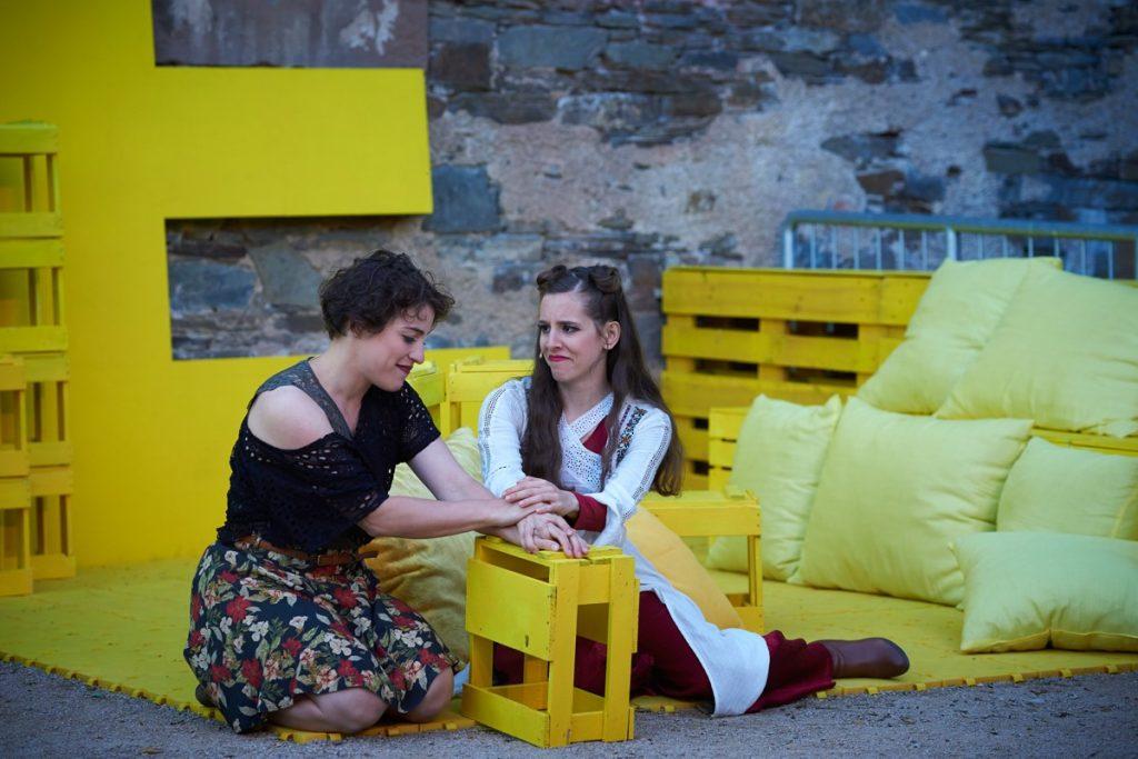 HELENA, Ein Sommernachtstraum, Theater Koblenz, 2019 – mit Magdalena Pircher, Shantia Ullmann